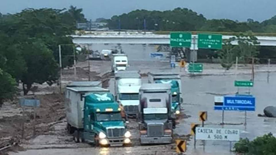 "<a class=""wonderplugin-gridgallery-posttitle-link"" href=""https://www.underthemangotree.crespoorganic.com/2018/10/25/hurricane-willa-floods-southern-sinaloa/"" target=""_blank"">Hurricane Willa Floods Southern Sinaloa</a>"